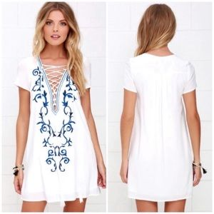 LULU'S Embroidered Shift Dress